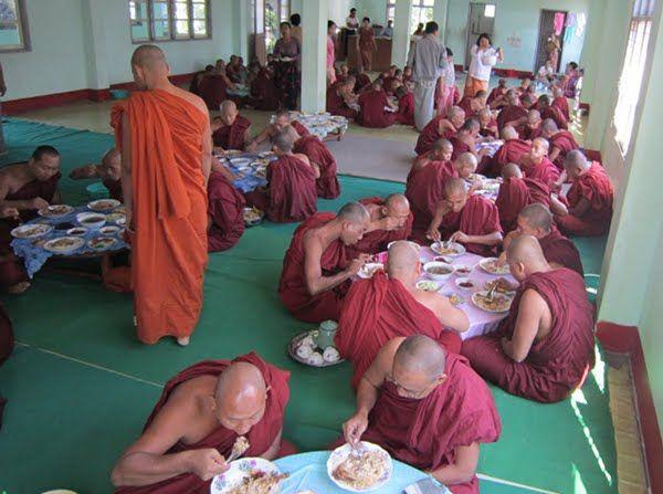 Los monjes elegidos